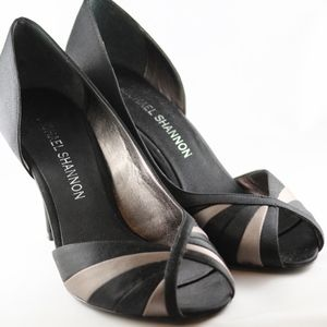 🌟🌟Michael Shannon heels black and taupe Sz 9